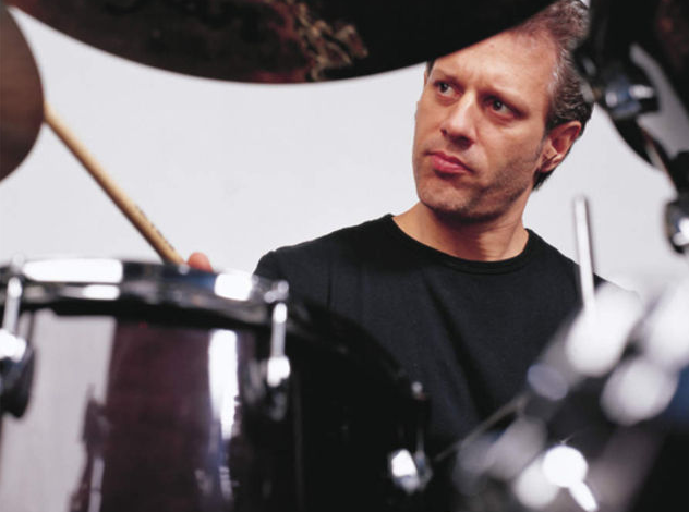 Dave Weckl: Soloing Around Kicks (from DRUM!)
